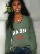 Sahara Libre Wear  Las camisetas KIMITORI + SLW en El Laberinto ... 3b8aa33f7df